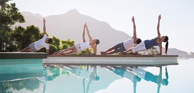 Yoga hilft, die eigene Körpermitte wiederzufinden und innere Ausgeglichenheit zu erlangen.