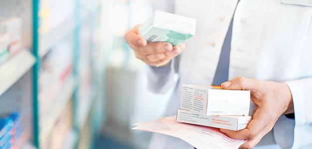Prüfen Sie unterschiedliche Medikamente bei gleichzeitiger Einnahme auf Wechselwirkungen.